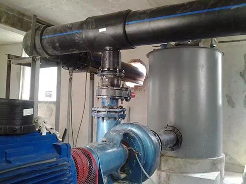 地热源泵PE管道.jpg