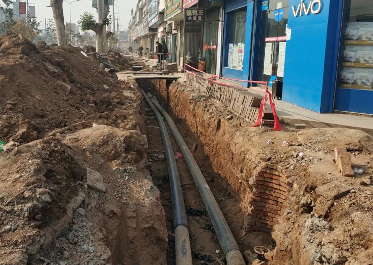 恒兴管业安装施工PE给水管的方法