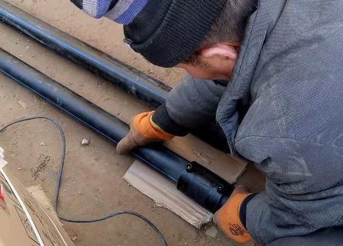 pe给水管电熔连接2.png
